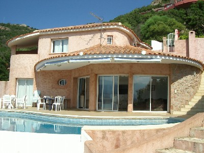 Plan maison tunisie plan de maison plein pied en v plan for Modele maison 160m2